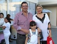 Luis, Aline e Rebeca Sutter