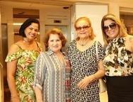 Patricia, Auricélia, Hercilia e Michele Lourinho