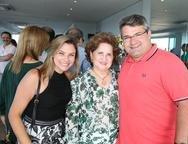 Vanessa, Auricélia e Mario Queirós
