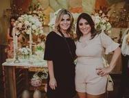 Lilianne Veloso e Natсlia Teixeira