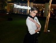 Isabella Santoni usa joias Tiffany