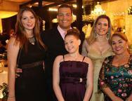 Victoria, Humberto Barroso, Maria Eduarda, Lea Pontes e Lidu�na Barroso