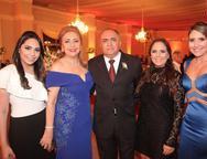 Ana Fl�via, Marta, Jeov�, Ana Glads e Ana Beatriz Accyole