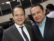 Lisandro e Max Bezerra