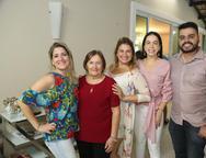 Kathiana, Célia e Karina Bezerra,Roberta Fontelles Philomeno e Armandinho Araújo