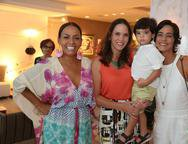 Gil, Renata e Gabriel Santos e Karine Studart