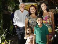 Chavier , Katia, Isa, Maria Fernanda e Arthur chavier