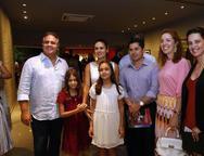 Ricardo, Manoela Bacelar, Sarah, Maria Bacelar,  Pompeu Vasconselos, Ticiana Rolim Queiroz e Viviane Rocha