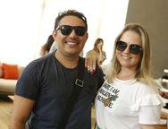Silvio Souza e Anelise Franco