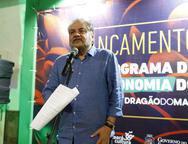 Lançamento de livro no Instituto Dragão do Mar