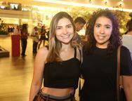 Artemiza Souza e Caroline Pinto