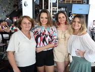 Angela, Ticiane, Virginha e Carla Rodrigues