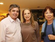 Totonho, Anya Ribeiro e Helena Brasil