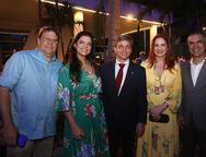 Lucio e Karina Menezes, Romulo Soarez, Enide Camara e Eduardo Neves