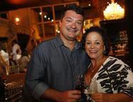 Felipe Brand�o e Larissa Alencar