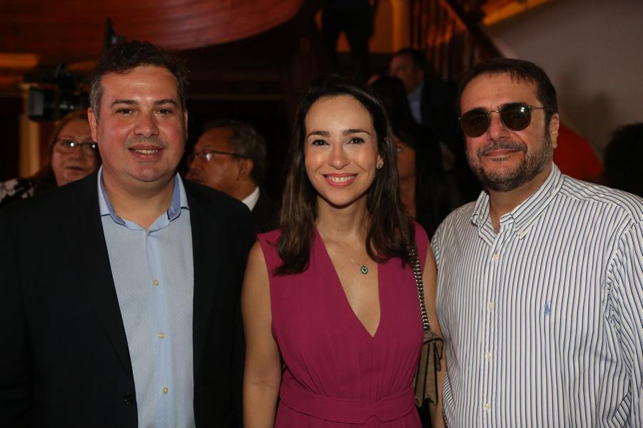 Samuel Dias, Luciana Lobo e Jos� Leite