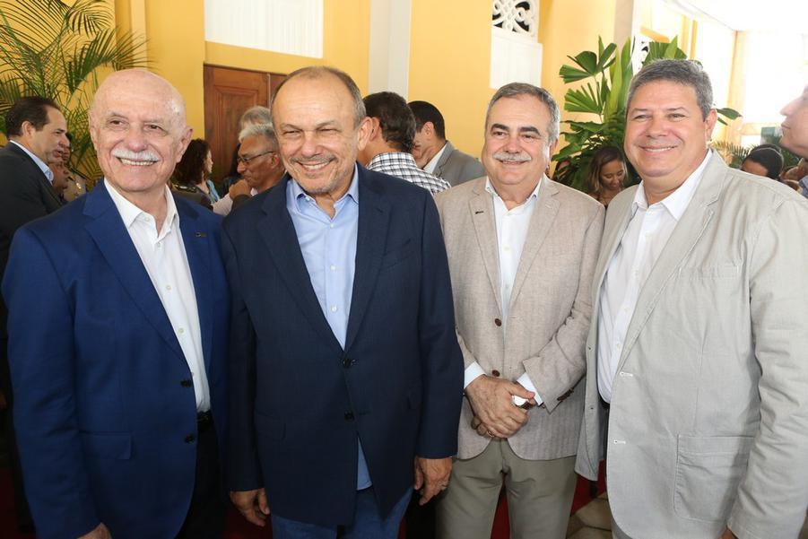 Freitas Cordeiro, Honorio Pinheiro, Assis Cavalcante e Bob Santos