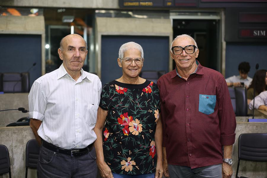 Gil e Cristina Nadaf e Ivonilo Praciano