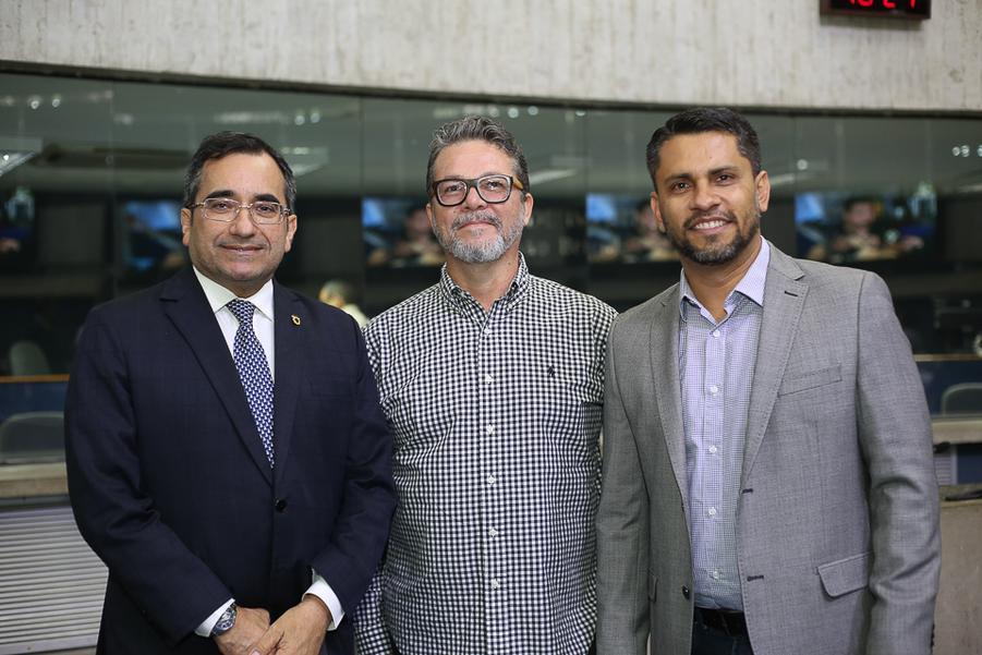 Jardson Cruz, Luis Viana e Alexandre Medina
