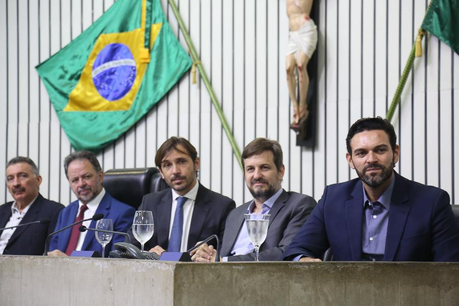 Artur Bruno, Acrisio Sena, Guilherme Sampaio, Erick Guimaraes e Clovis Holanda
