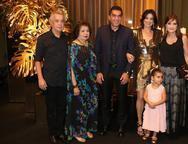 Clóvis, Edir, Idézio, Mariana, Sophia e Pretinha Rolim