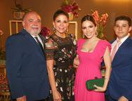 Pedro Carapeba, Maria Lucia Negr�o, Nicole Vasconcelos e Pedro Paula Negr�o