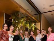 Fernanda Motta, Isabeli Fontana, Helena Bordon, Sabrina Sato, Erika dos Mares Guia, Schynaider, Lala Rudge e Renata Kuerten